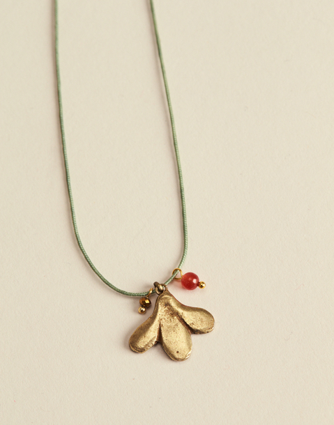 CHARM THREAD NECKLACE