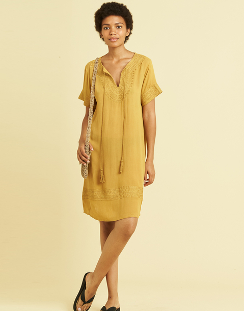 EMBROIDERED SHORT SLEEVE DRESS