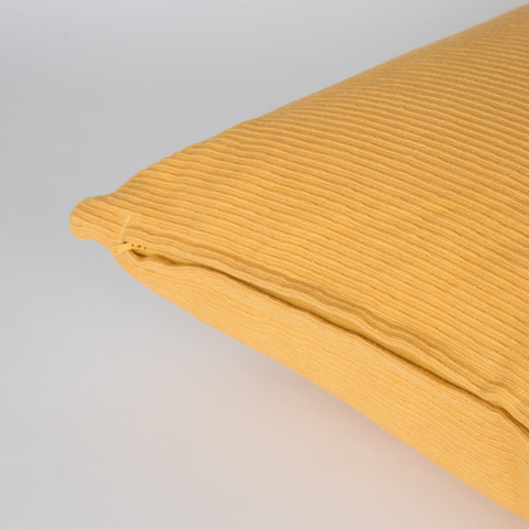 PILLOW WITH COTTON CASE 60X60