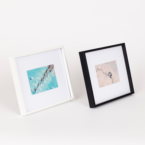PLASTIC PHOTO FRAME 10X15