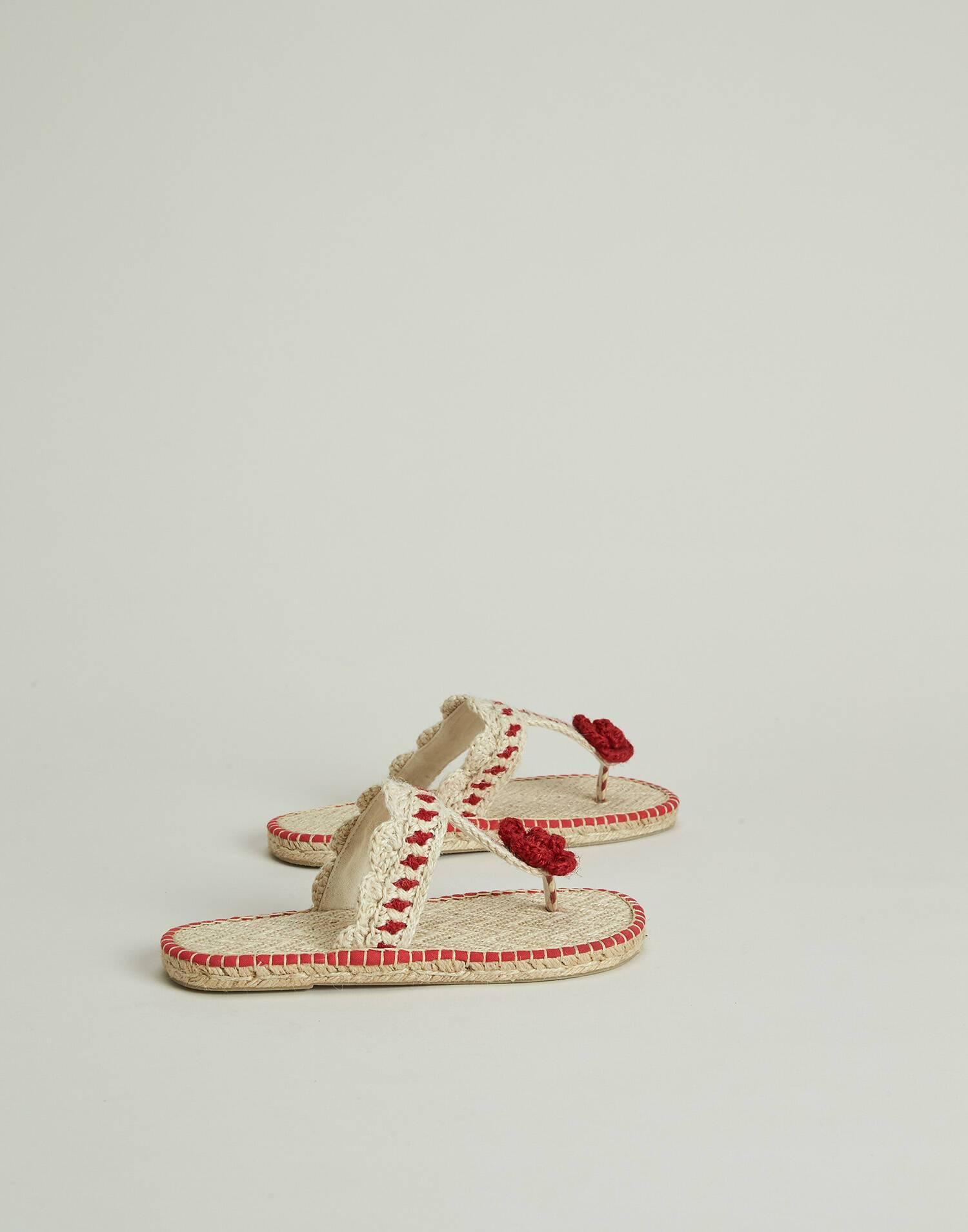 Flower crocheted hemp sandal