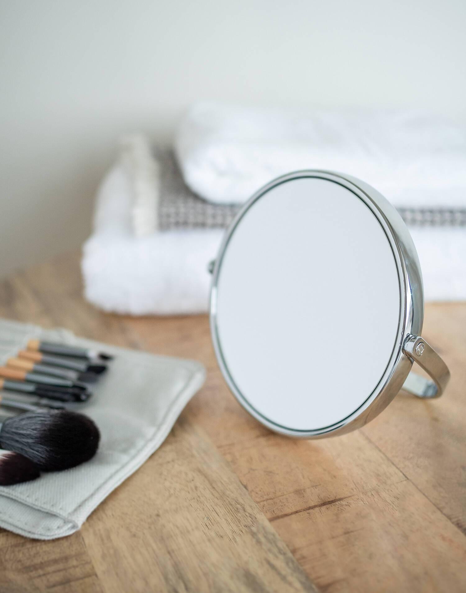 Big magnifying mirror x5