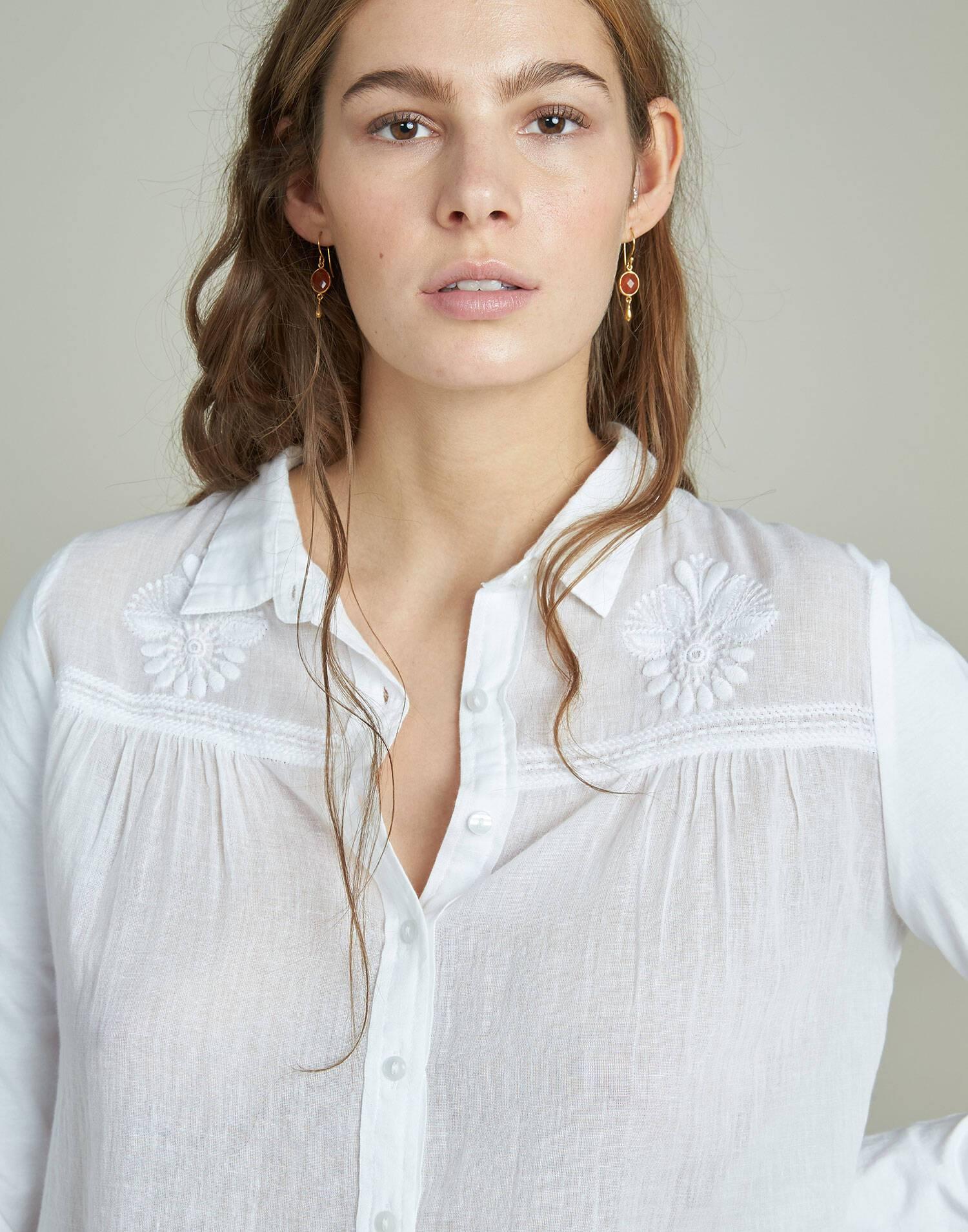 Camisa manga larga dos tejidos bordado