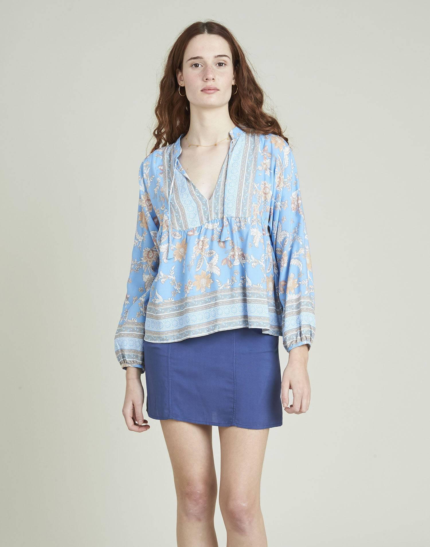 Camisa print floral canesú