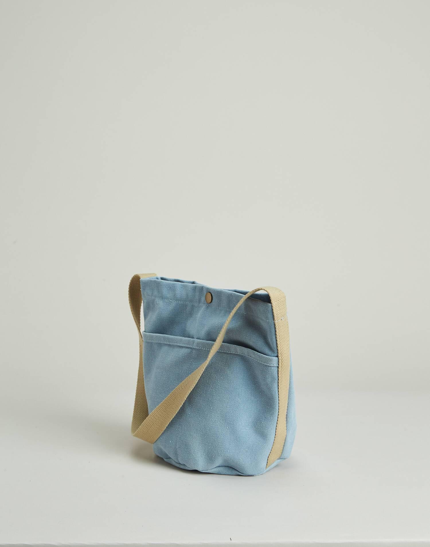 Cylindrical canvas bag