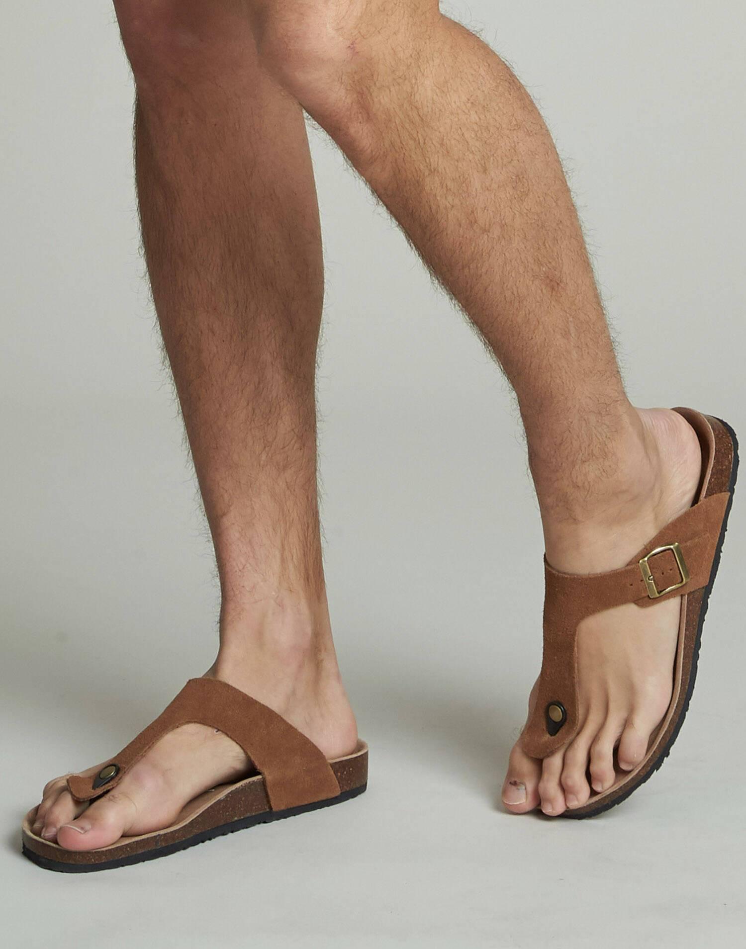 Ergonomic toe leather sandal for men