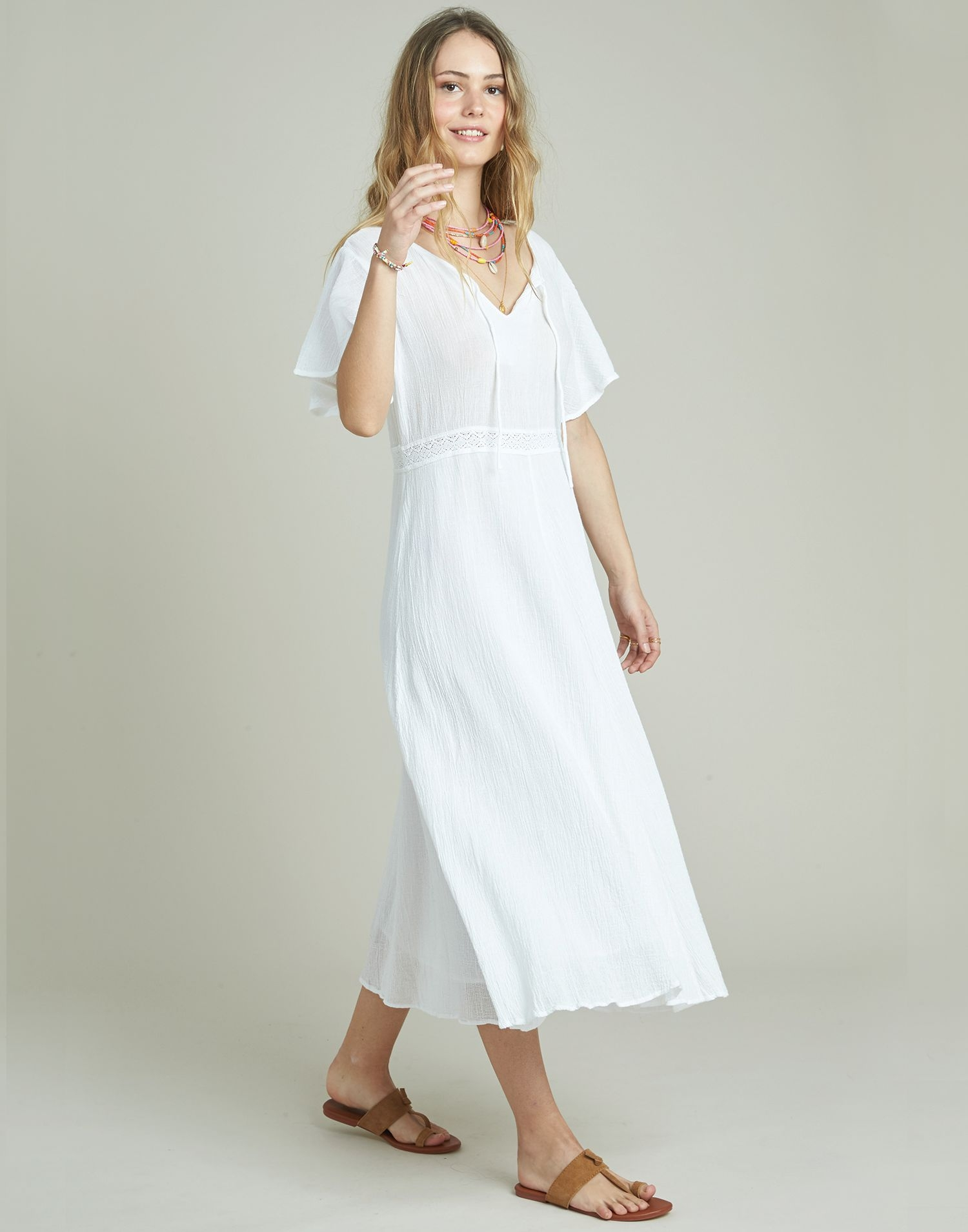 Midi dress with lace at waist