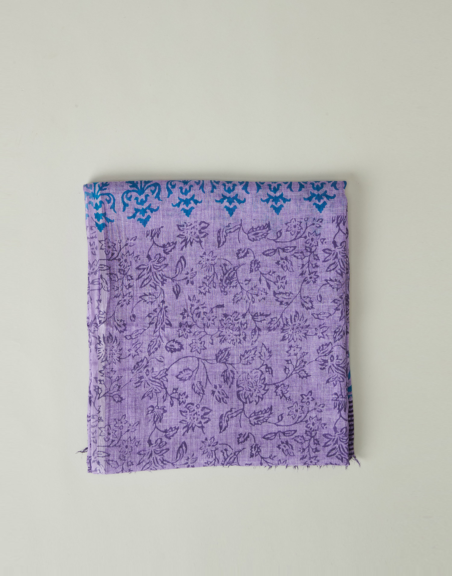 Flower silhouettes foulard