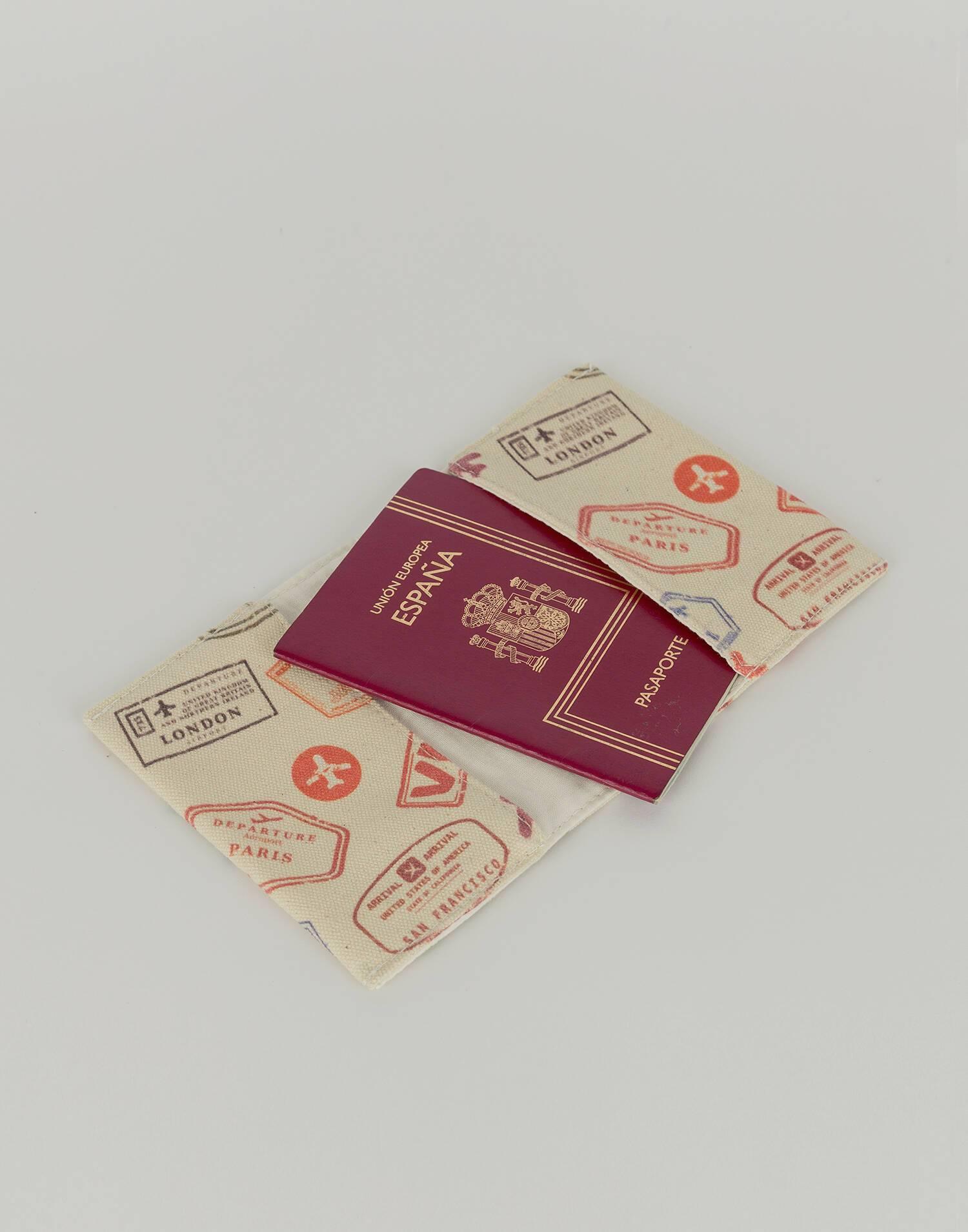 Visa passport holder