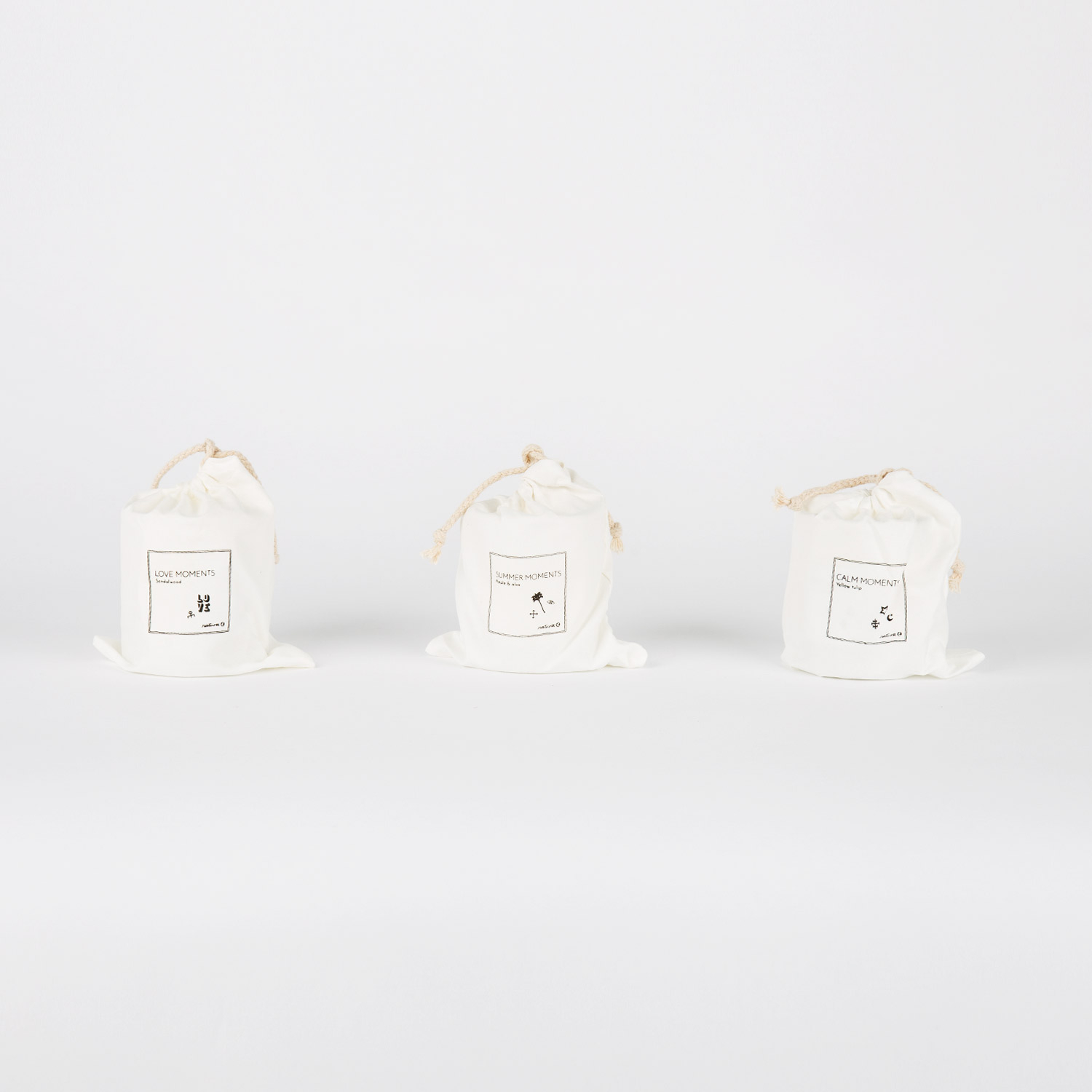 CANDLE WITH BAG 180 GR