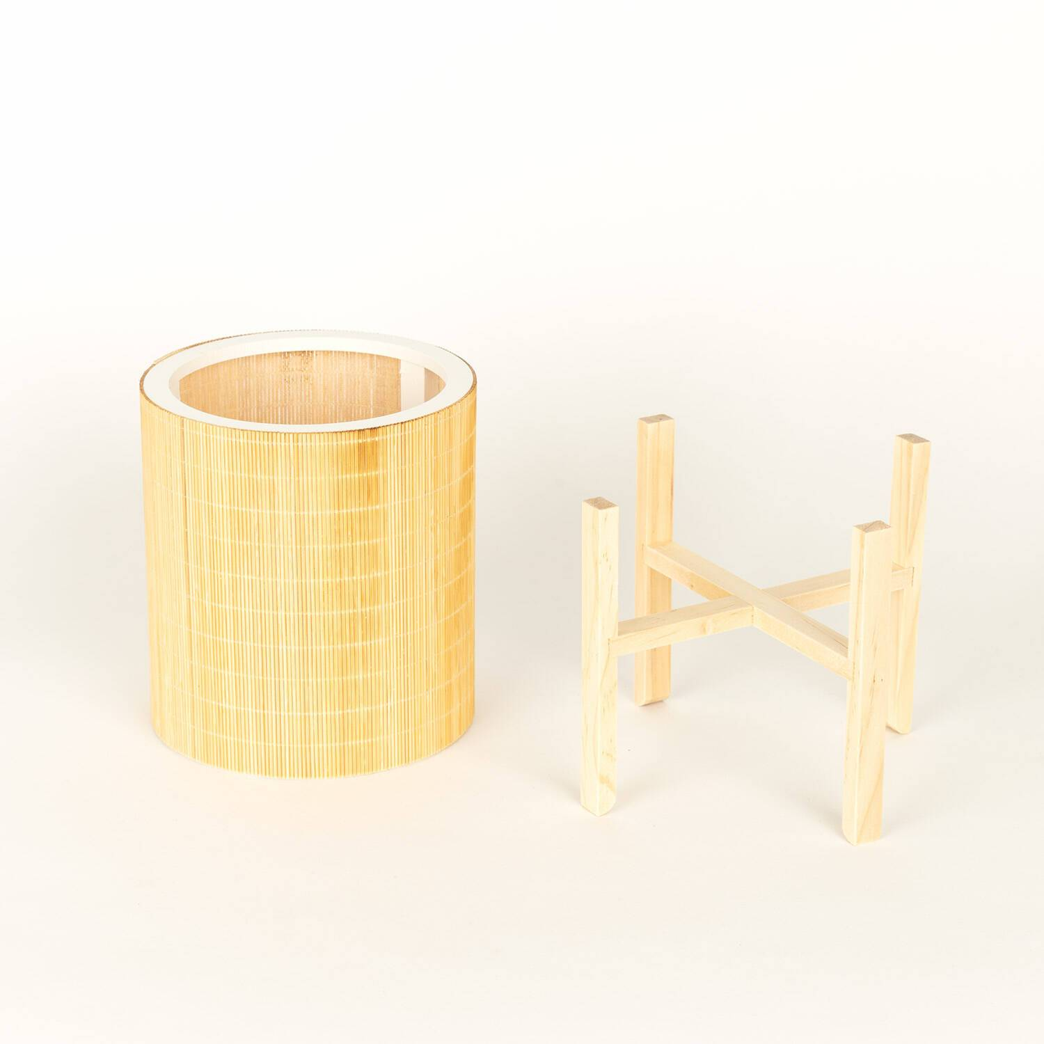 REED PLANTER